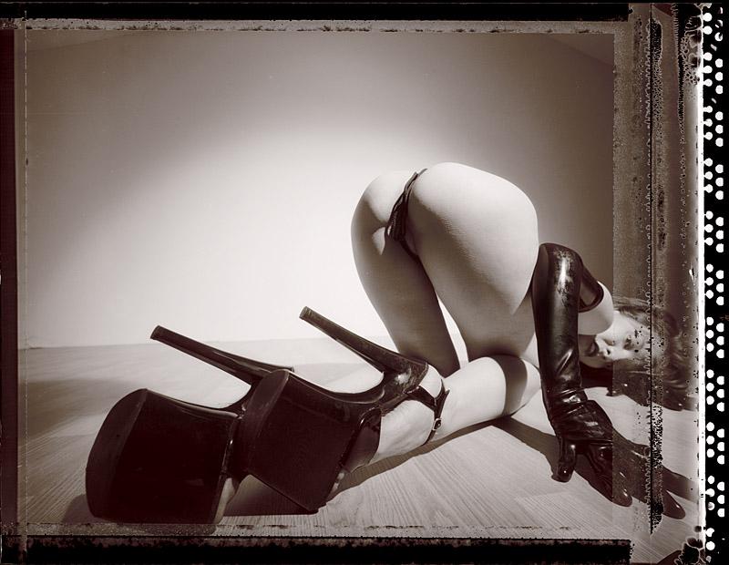 http://www.victoriasphoto.com/models/Fenne/big/t55-1.jpg