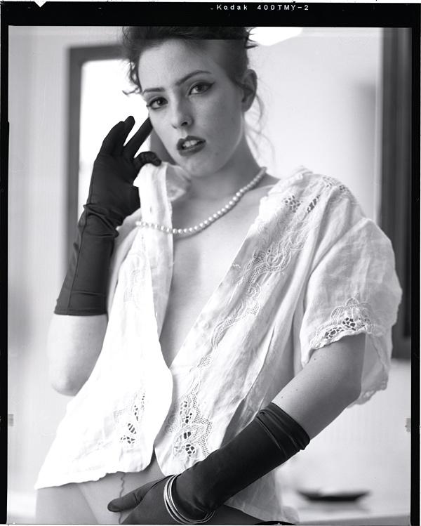 http://www.victoriasphoto.com/models/Ileana/big/Il_15-18-1.jpg